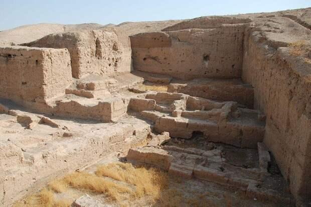 Археологические раскопки строений Тель-Брака