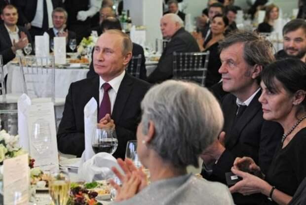 Кустурица предложил разместить российские ракеты у него во дворе