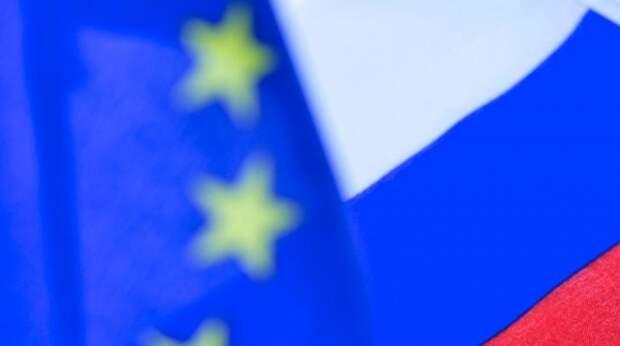 """Дипломат указал на """"позорный факт"""" об обиженной на Россию Восточной Европе"""