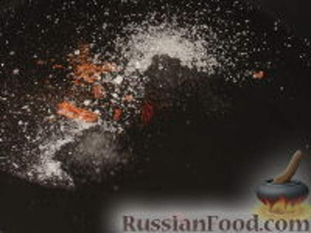 Фото приготовления рецепта: Восточный салат из капусты - шаг №6