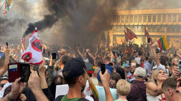 Власти Литвы угодили в вырытую для Лукашенко яму