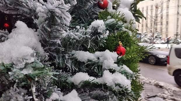 Праздник уходит: Краснодар снимает новогодний наряд