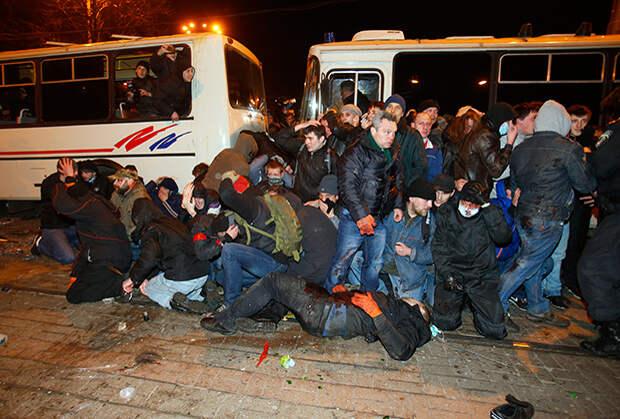 «Страна слетела с катушек».  Активисты протестов о том, к чему пришел Евромайдан