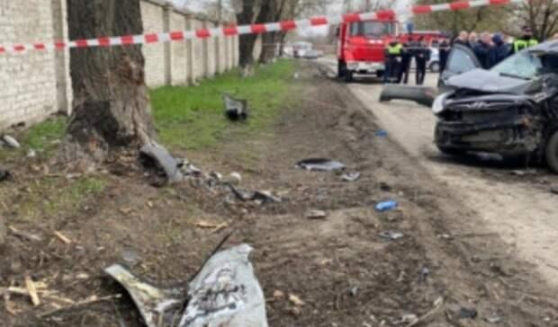 Пятеро подростков насмерть разбились намашине вНовочеркасске