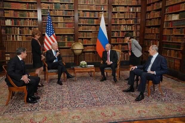 Политолог Галльен заявил, что Байден приезжал в Женеву не ради президента России, а из-за Китая