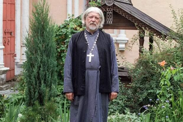 Православный телеканал «Спас» угодил в скандал из-за оскорбления священника