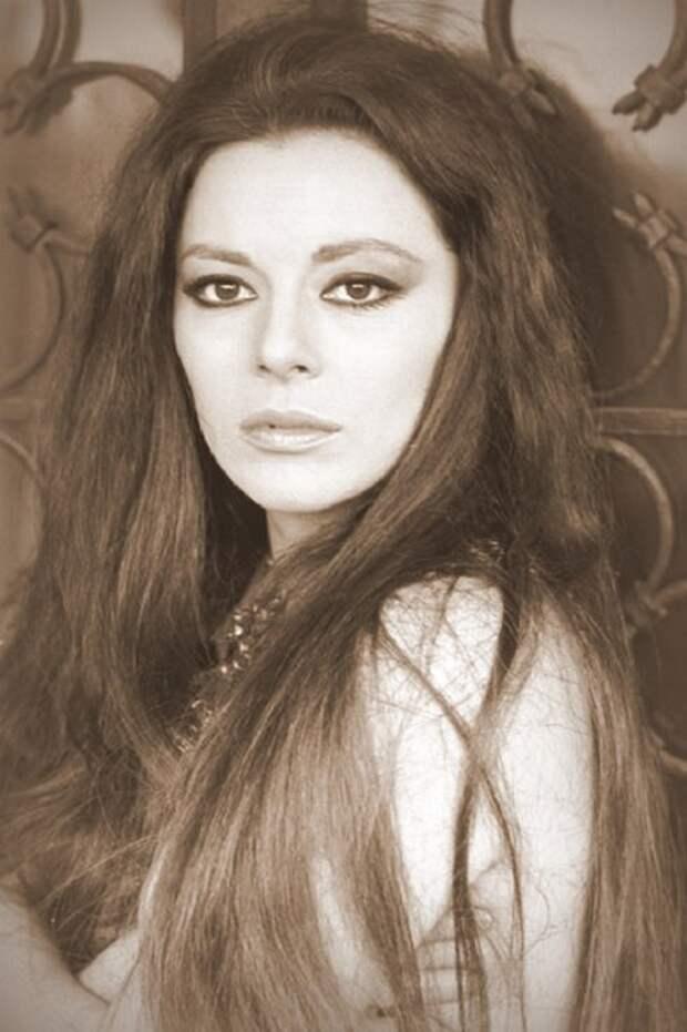Итальянские актрисы: Джованна Ралли
