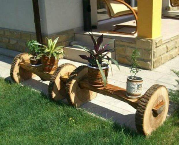 Небольшие деревянные скамейки. | Фото: Kapriz.cc.