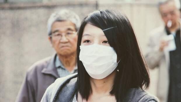 Миллионы китайцев начали тестироваться на коронавирус после вспышки в Нанкине