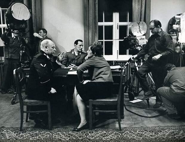 За кадром советского кино   за кадром, кино, фильм