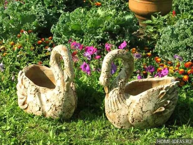 Лебеди для сада своими руками