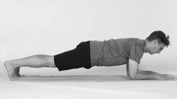 15 возрастных болезней, которые лечит обычная йога