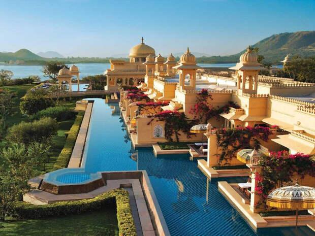 Почувствуй себя раджой: прогулка по самому шикарному отелю Индии