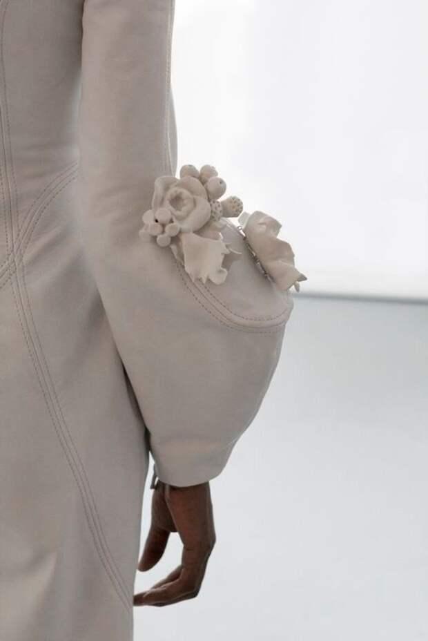 платья с рукавами тем кто шьет