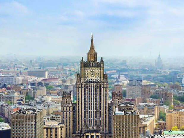 В МИД России вызвали послов стран Прибалтики и Словакии