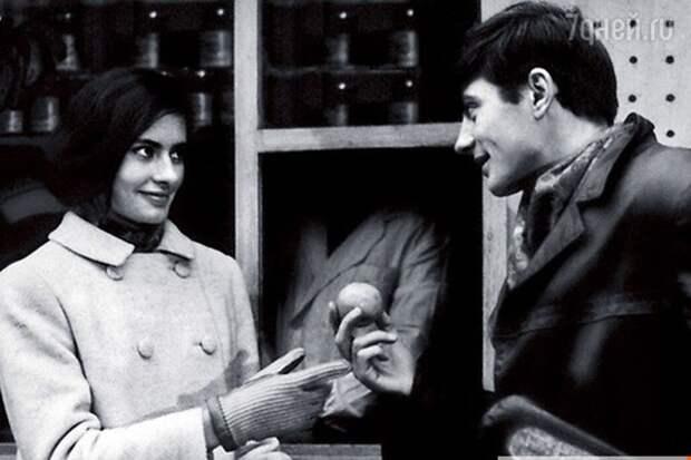 Виктория Федорова и Валентин Смирнитский в фильме «Двое» 1965 года