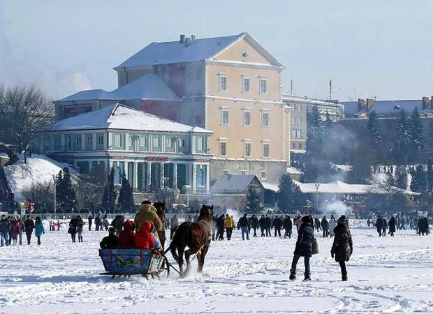 Волшебная зима в городах Украины