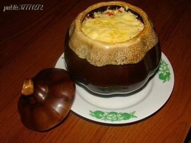 Говядина с картофелем в горшочке