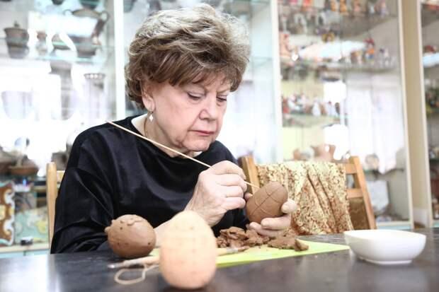 Для пенсионеров из Северного организуют досуг