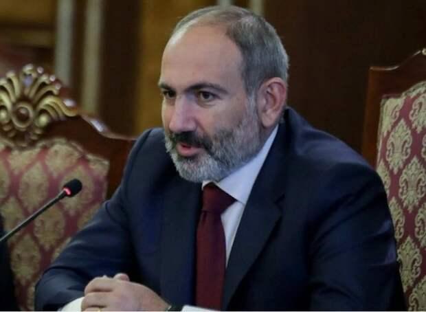 Пашинян рассказал об угрозе военного коллапса без соглашения по Карабаху