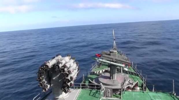 Корабли Тихоокеанского флота провели учения у берегов Камчатки