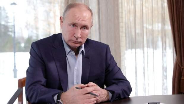 Путин обсудил санкции США с постоянными членами Совбеза РФ