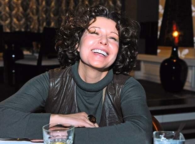 Наталья Негода на премьере фильма А. Мизгирева *Бубен, барабан*, 2009 г.