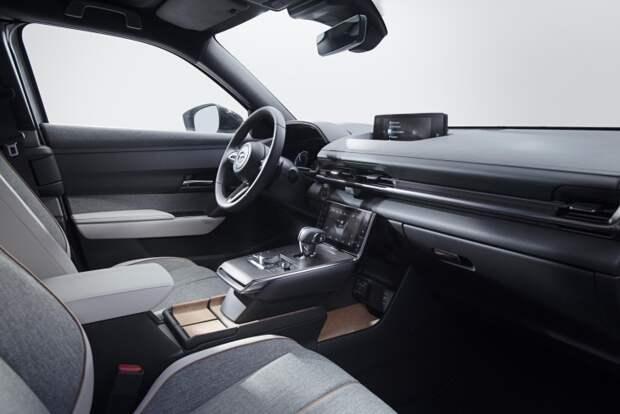 Mazda утверждает, что электромобили хуже для планеты, чем дизельные машины