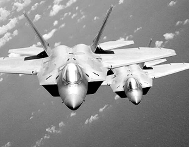 Российские военные будут предпринимать ответные действия на появление истребителей США в Европе