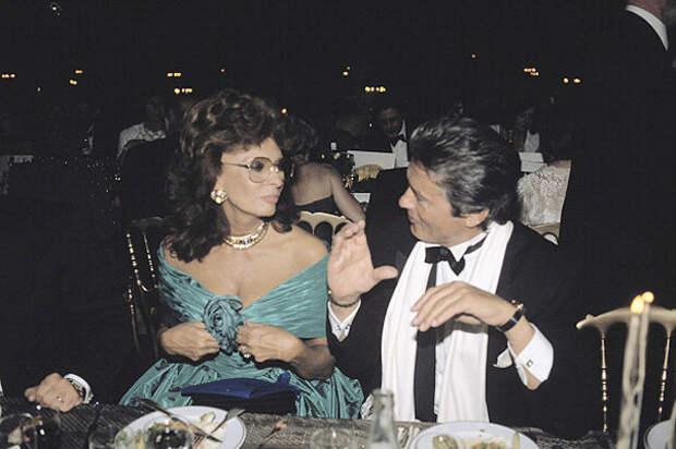 Софи Лорен и Ален Делон (1989)