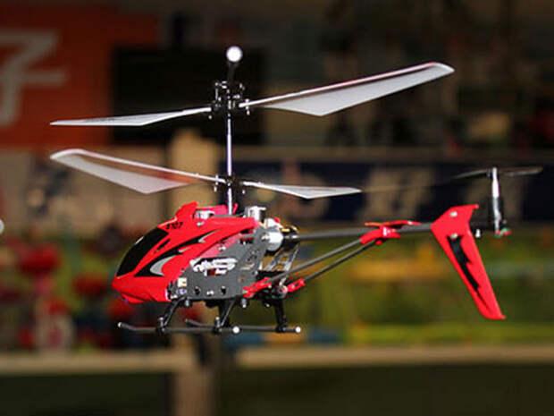 Игрушечные вертолеты будут подлежать учету в целях безопасности - депутат