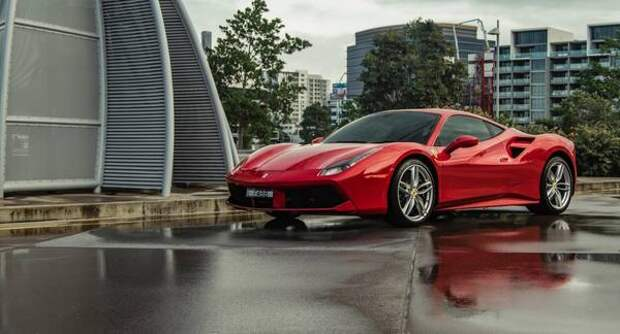 С Ferrari продавали арбузы
