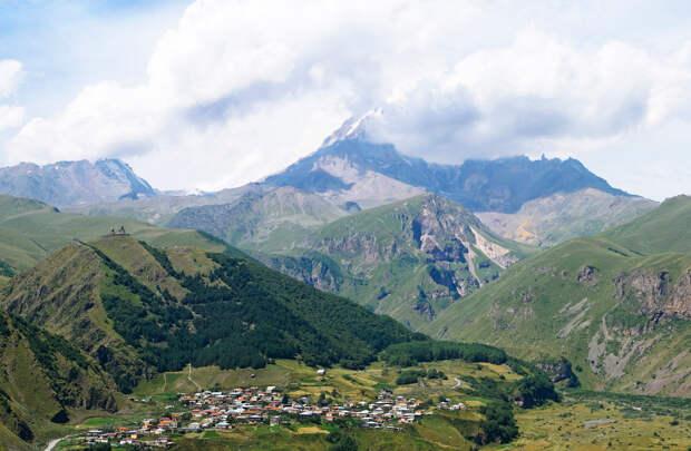 Грузия — страна гор и вершин