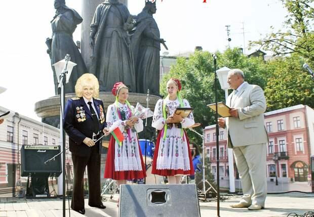 В Беларуси не могут поверить своим глазам: фотошоп или нет?