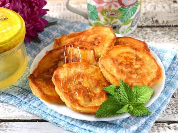 Оладьи из тыквы: Самый вкусный и простой рецепт этой осени