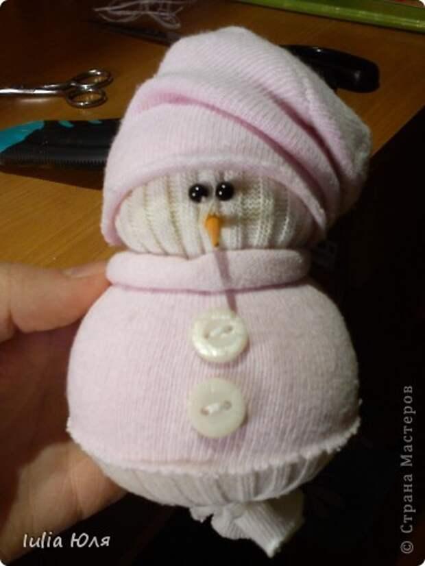 Игрушка Мастер-класс Новый год Рождество Шитьё Снеговики из носков Бусины Карандаш Нитки Носки фото 18