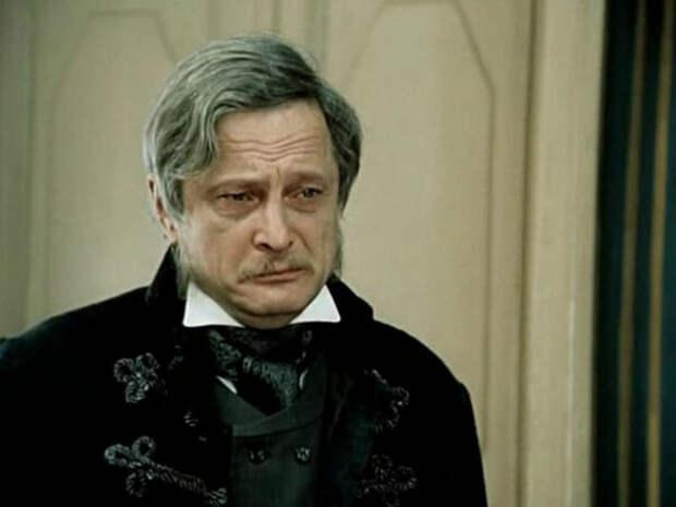 Виктор Сергачев в фильме «Мертвые души» 1984г. (источник фото: kino-teatr.ru)