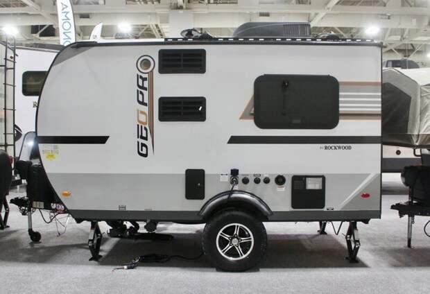 4. Rockwood GeoPro - еще одна серия небольших трейлеров от Forest River длиной от 3,4 до 6 метров авто, дома на колесах, кемпинг, отдых, прицепы, трейлер, трейлеры, фото