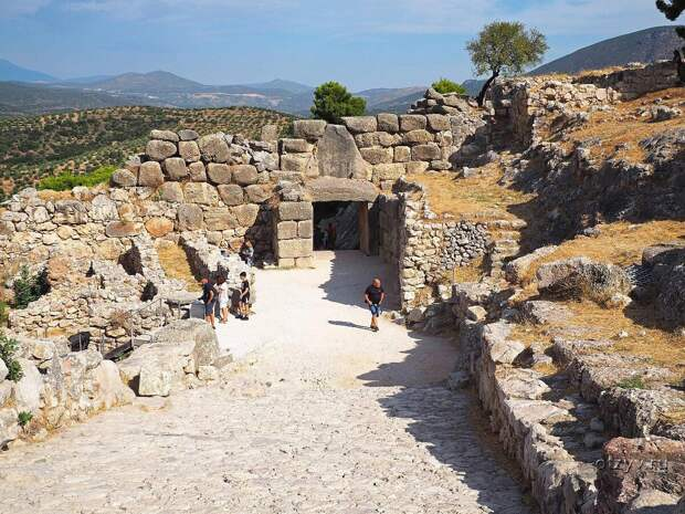 Древние руины Аргоса, современное фото