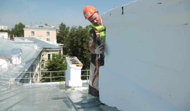 В СВАО капитально отремонтируют 300 крыш