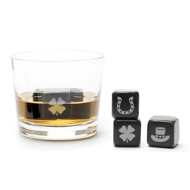 Стальные кубики с оригинальным дизайном, которые охладят любимые напитки, не испортив при этом их вкуса.