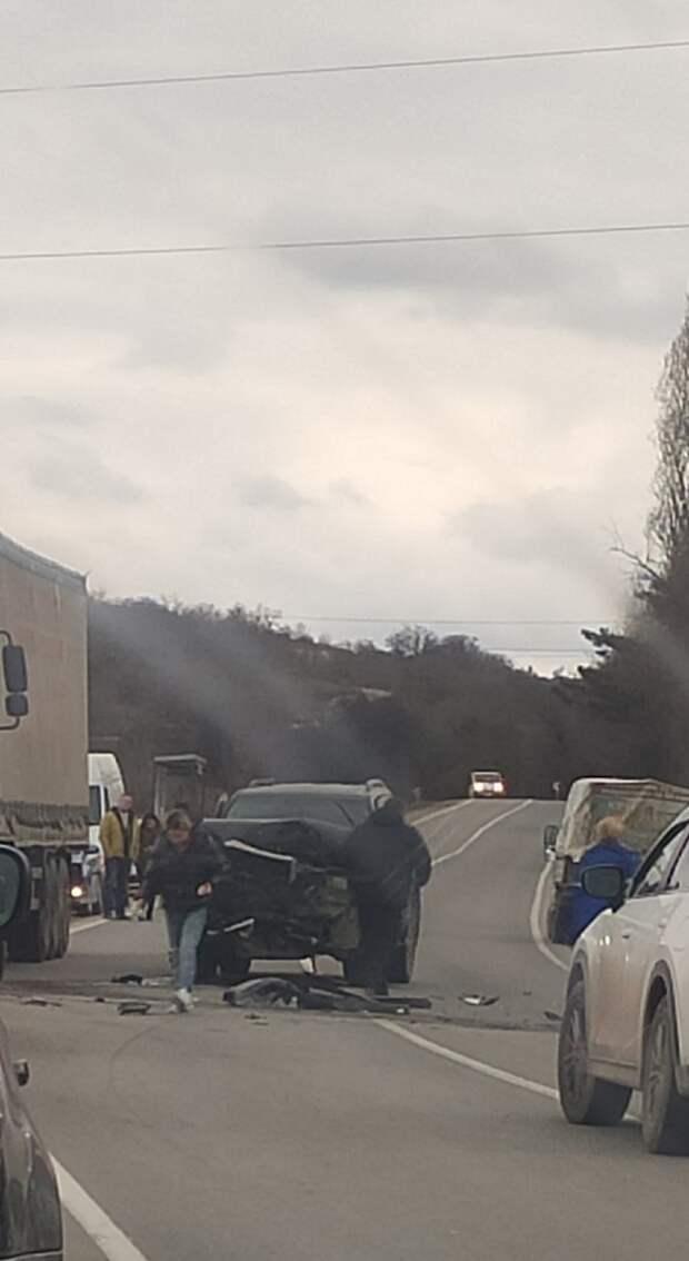 Шесть человек пострадали в ДТП в Севастополе. Среди них двое детей