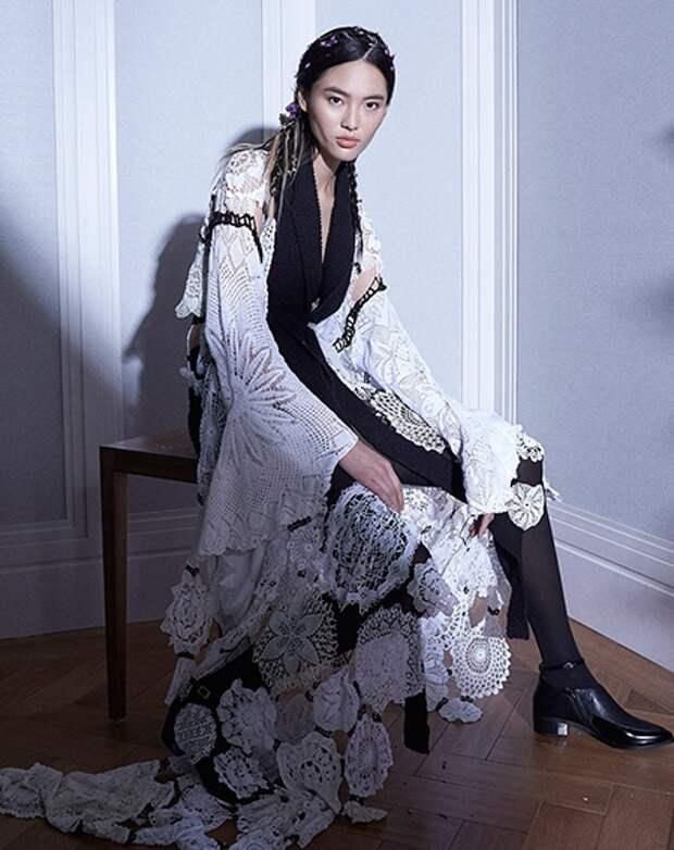 Платье из салфеток?
