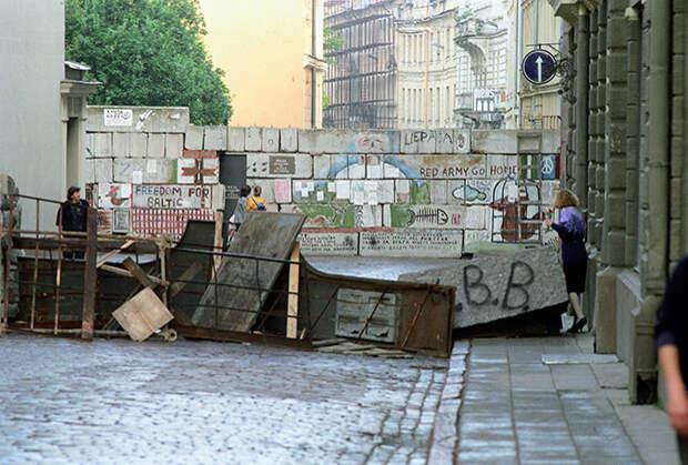 Баррикады на улицах Риги