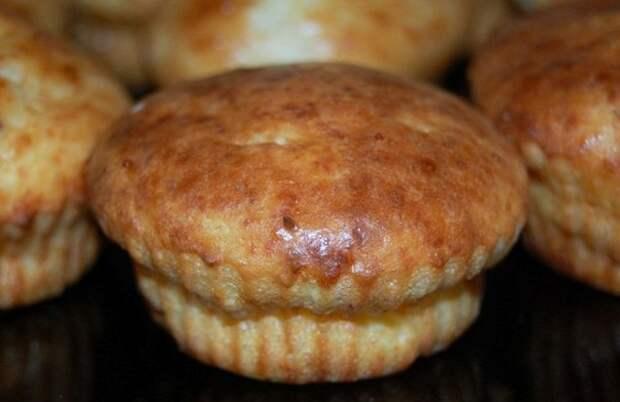 Закусочные кексы с плавленным сыром