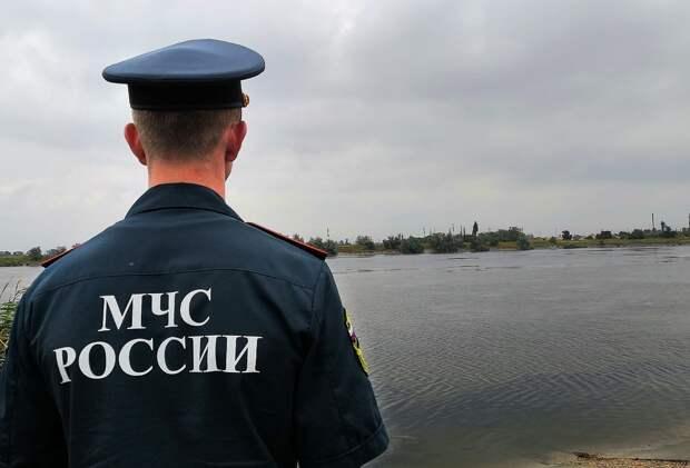 Сотрудники Донского спасательного центра МЧС направились в Крым из-за сильного ливня