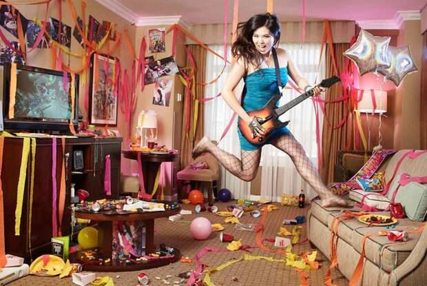 25-летняя Энни Экстази Люн смогла набрать 789 тысяч 349 очков в Guitar Hero III, где игрок предстает в роли гитариста, которому требуется максимально точно и быстро попадать в ноты.