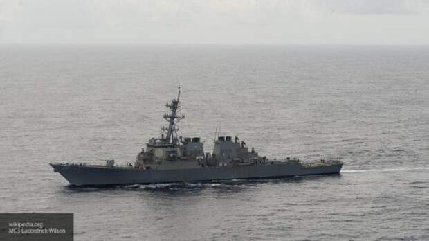Минобороны РФ установило слежку за эсминцем ВМС США в Балтийском море