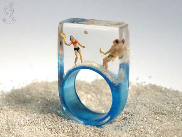 Маленькие истории из жизни внутри кольца