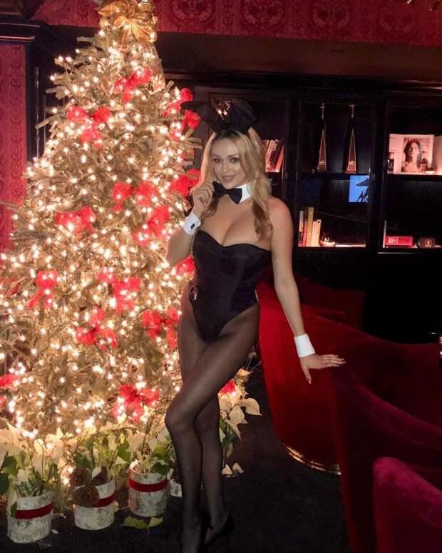 Даниелла Лупо— днем медсестра вкардиологии, авечером зайчик Playboy